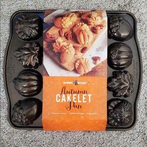 New Autumn Cakelet Pan